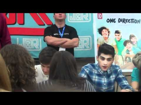 ONE DIRECTION CD Signing in NYC! Part 2