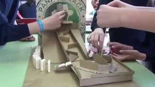 Máquina de efectos encadenados. Chain reaction machine. 1ESO
