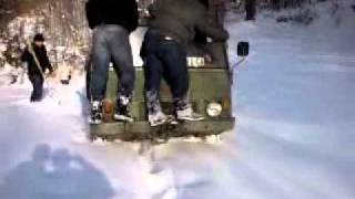 Jaki momci i pinc u 1m sneg