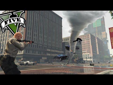GTA V PC MODS - El Mejor Policia De GTA 5 Y El Tornado ! - ElChurches