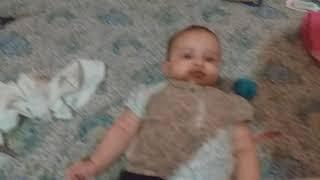 يوم العيد : حناء رجل أريج حناء اطفال و هي فرحة جدا