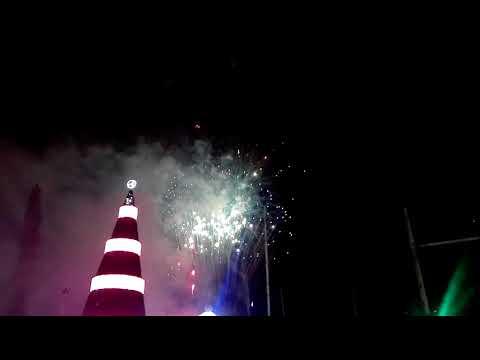 El arbol navideño mas grande de El Salvador y show de luces