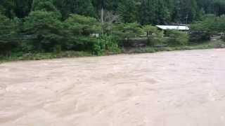 2014年の台風11号が接近する前の和歌山県有田川町の二川温泉より少し下...