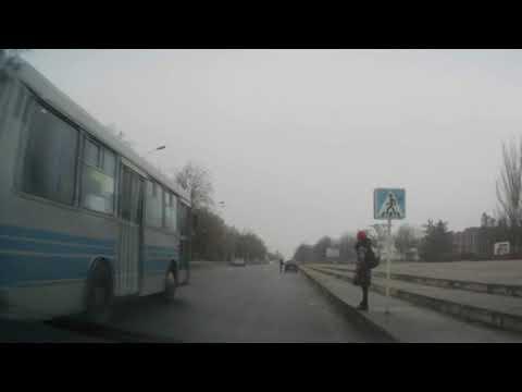 Виктор Артеменко: город Никополь : Водитель, неужели ты и вправду думаешь что ребенок тебя пропускает