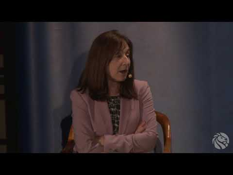 Jane Mayer and Paul Holdengräber: Investigative Journalism | 5-21-2018 | LIVE from the NYPL