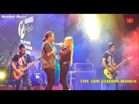 Duet Mesra ENY SAGITA ft Kakung Lintang ( Baper ) - Obat Luka CintaLIVE GOR STADION WILIS MADIUN