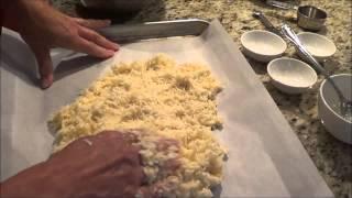 Low Carb Caulifower Cheesy Bread Sticks