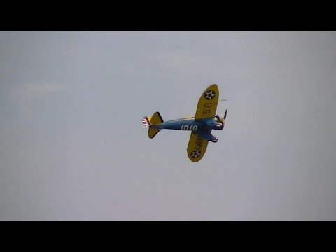 Flying Legends 2014: Boeing P-26 Peashooter