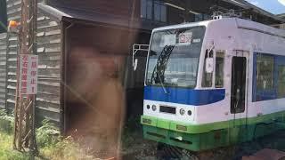 福井鉄道、ゴロゴロいろんな電車が留置されている北府駅車庫車窓