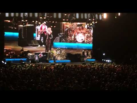 Fleetwood Mac - Don't Stop - American Airlines Arena Miami