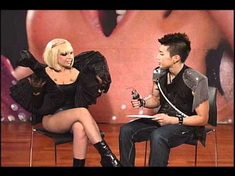 lady gaga - admits she's a male in interview with sin chang!!!