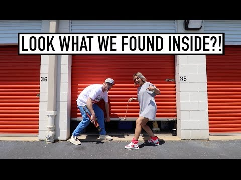 ABANDONED STORAGE AUCTION LOCKER - What's Inside?