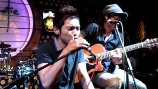 Cát Bụi - Mai Quốc Việt 02-06-2011 tại Acoustic