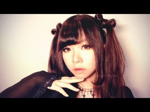 cute-ribbon-twintails-hairstyle-+-japanese-style-curled-side-bangs