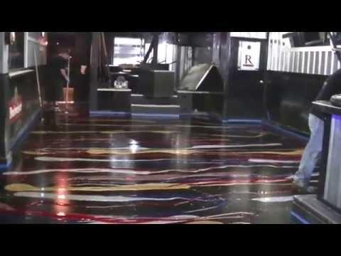 Glitter Epoxy Floor in Ohio: Pouring the Glitter on the Concrete Floor