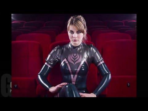 Latex catsuit in Cinema photoshoot