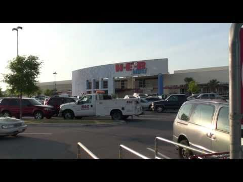 Things to do in Round Rock TX HEB & Shopping shown by Top Round Rock REALTOR Perry Henderson