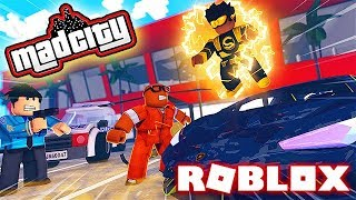 ESCAPING COPS AND SUPER HEROS IN ROBLOX (Roblox Mad City)