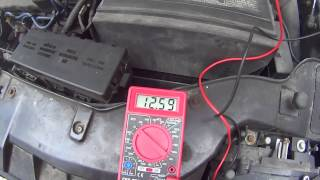 How to use a Multimeter to check a Car battery Voltage