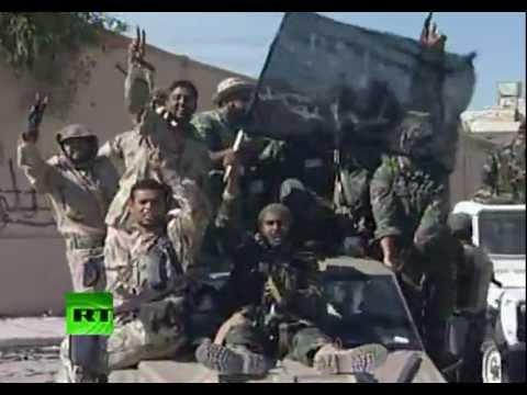 Reuters y Al Jazeera aseguraron que Gaddafi murió por las heridas sufridas en su captura