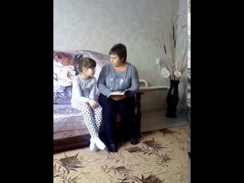 Изображение предпросмотра прочтения – ОксанаЛитвинова читает произведение «Первая борозда» С.Д.Дрожжина
