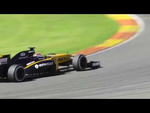 Robert Kubica testing F1 car in Valencia 2017