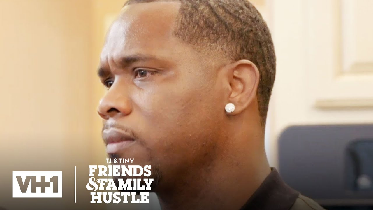 Letoya Gives Tommi An Emotional Gift T I Tiny Friends Family Hustle Youtube
