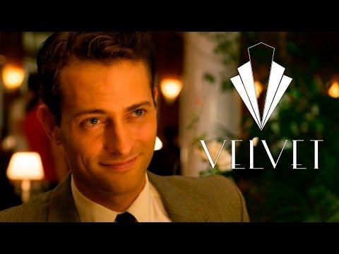 Descubre cómo se convierte Peter Vives en Carlos en 'Velvet'
