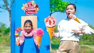 Cô Bé Tranh Giành Xếp Hàng Mua Kem ❤ Máy Bán Kem Tự Động - Trang Vlog