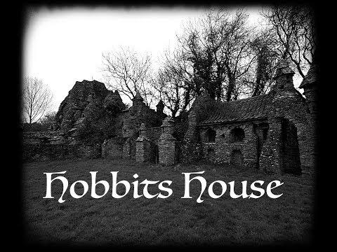 EXPLORING (ABANDONED HOBBITS HOUSE) secrets within the walls