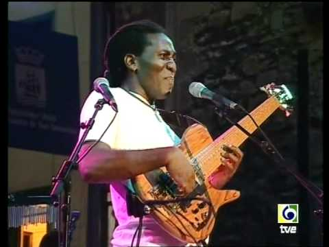Richard Bona | Bass Solo!
