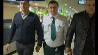 ОМОН против таможенников: маски-шоу в Домодедово. Экстренный вызов 112