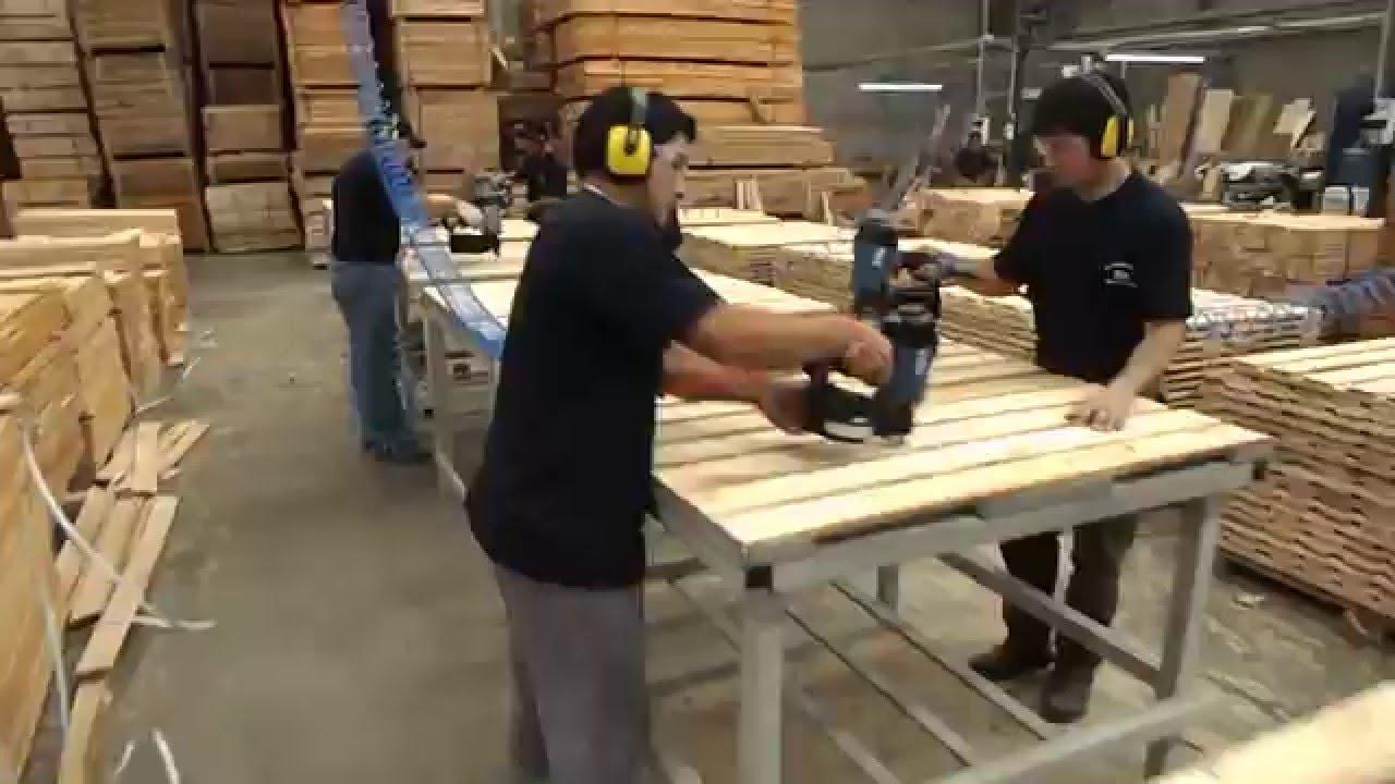Fabricaci n de tarimas alvez maderas youtube for Fabricacion de bares de madera
