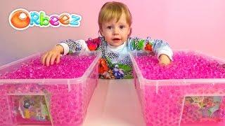 Орбиз и сюрпризы с игрушками в разноцветных шариках  Orbeez Toys and me surprise toys unboxing