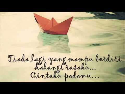 Maudy Ayunda - Perahu Kertas with Lyrics
