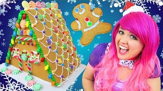 Decorating Christmas Gingerbread Deluxe House | DIY Wilton Candy Gingerbread House | KiMMi THE CLOWN