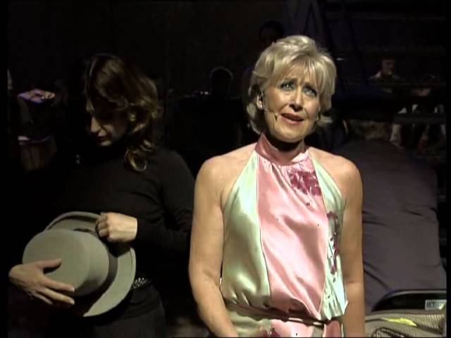 Blue Bayou - Jannie Høegh i  Simon