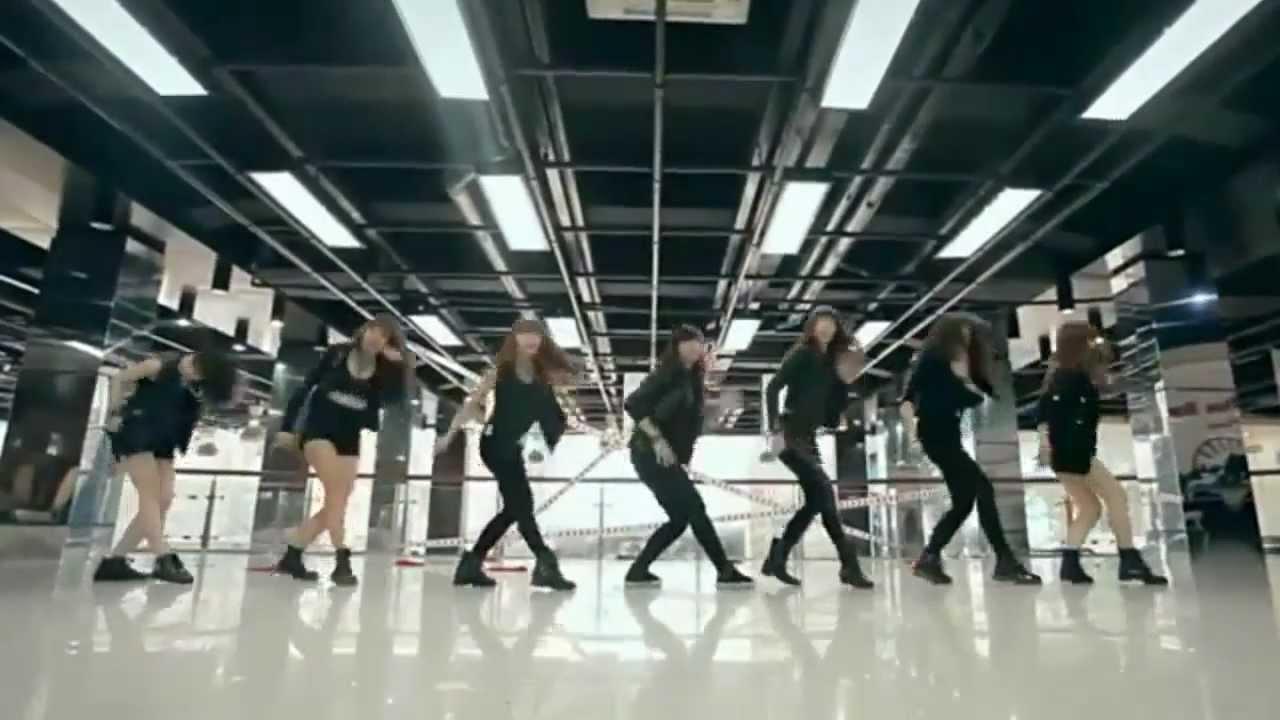 9x Viet Nam nhay (Cry CryAra Dance) dat giai the gioi