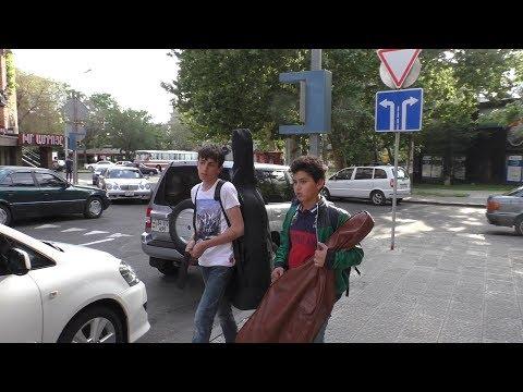 Yerevan, 03.05.18, Th, Video-2, Ereq poghotsneri bakits, depi Kaskad
