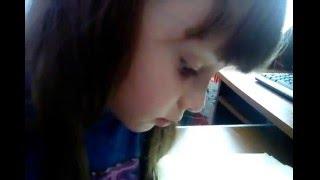 Урок чтения проверяем  технику чтения у дошкольника Софии 6 лет