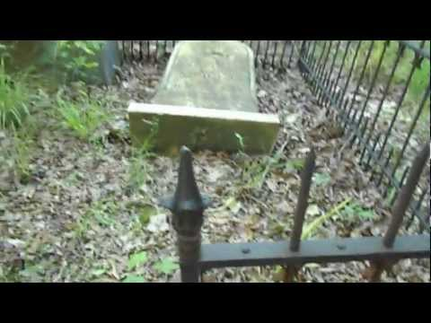 CSA Confederate Graveyard W/ Dead From The Battle Of Shiloh Near Castalian Springs