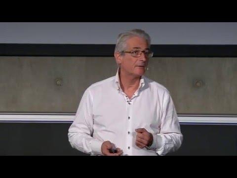 Remettre la lumière du cœur au cœur des entreprises. | Patrice Fosset | TEDxSaclay
