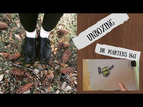 dr martens 1461 virginia black
