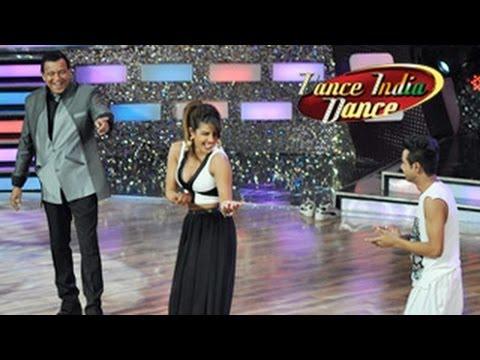 Priyanka, Ranveer & Arjun GUNDAY SPECIAL...