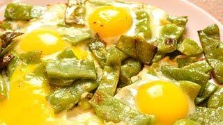Так яичницу мало кто готовит, а зря! НЕ надоедает, можно готовить хоть каждый день!  Мамины рецепты