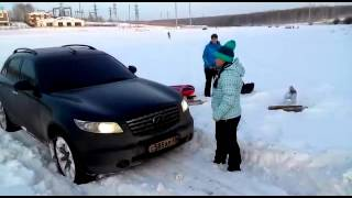 Infiniti Fx 45 vs snow in Irkutsk