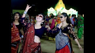 Download Hindi Video Songs - Navratri ! Pankhida O Pankhida ! Live band Gujarati ! Bollywood ! Raas Garba Dandiya!