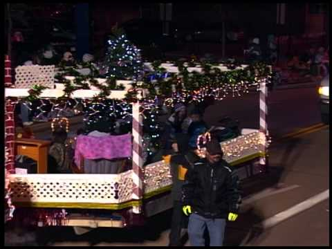 2014 Network Health and Oshkosh Chamber of Commerce Holiday Parade