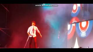 violetta live: Jorge blanco ya rompi el microfono con fuerza