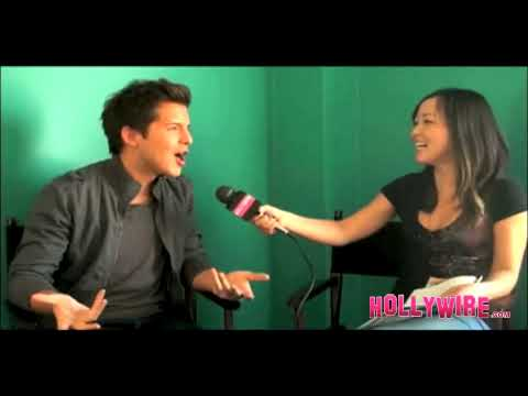 "EXCLUSIVE Interview: Simon Curtis from ""Spectacular"" Talks New Album, Dating Rumors and MORE!"